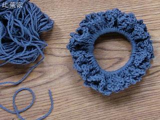 こないだ作った編みシュシュ