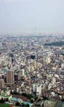 サンシャイン60展望台からの眺望(遠方に工事中の東京スカイツリーが見えます)