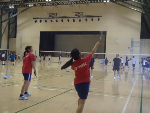 中学:集中して練習しています(平野撮影).JPG