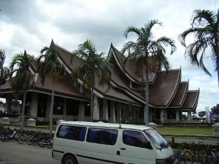 とある観光スポットの中心にある建物。