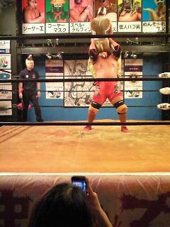 やっぱり面白い!! だからやめられない!! 戦うお笑いのファンタジー沖縄プロレス