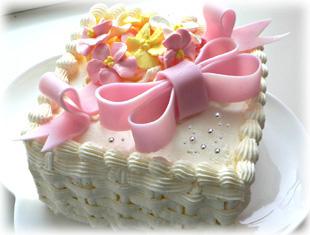 バタークリームデコレーションケーキ