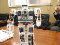 ロボット�