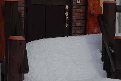 自宅近くのS宅の積雪状況