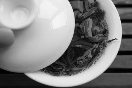 漫撒古樹青餅2013年プーアル茶