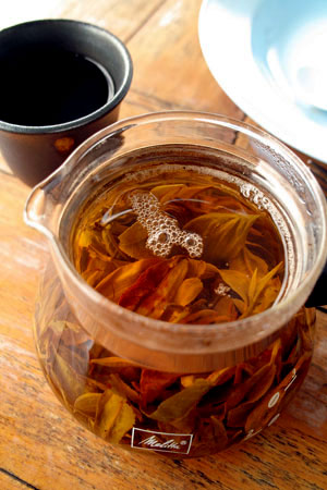 南糯山夏の薫る散茶2012年