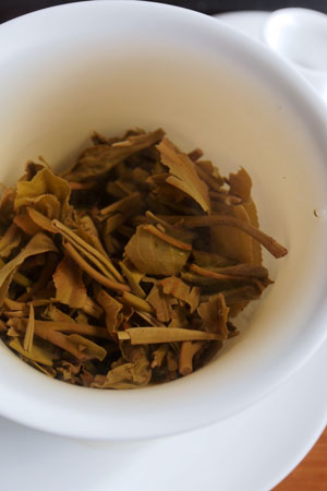 邦東古樹冬餅12年プーアル茶