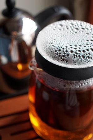 巴達古樹紅餅2010年紅茶