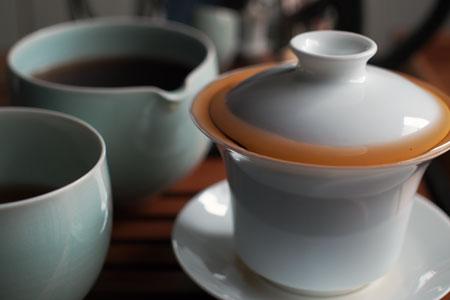 厚紙黄印七子餅茶