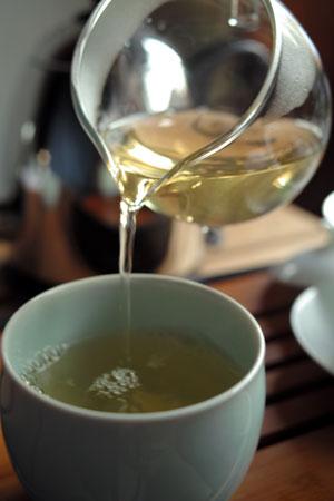 帕沙大樹青餅13年プーアル茶