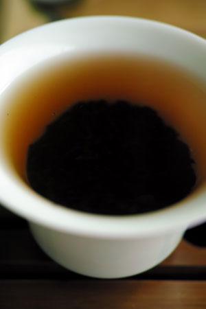 呆子貢熟沱茶12年プーアル茶