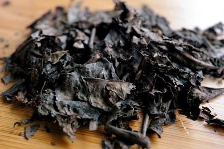 朝日黒茶(バタバタ茶)