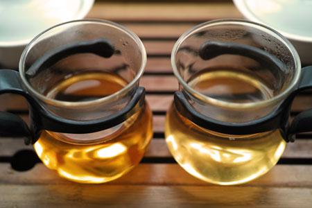南糯山古茶樹の散茶2013年プーアル茶