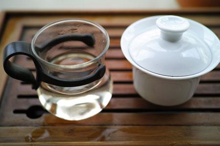 丁家老寨山頂の野生茶