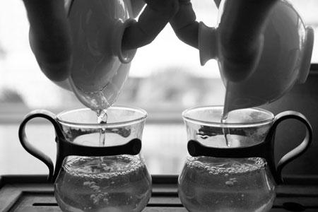 易武山落水洞の散茶2013春プーアル茶