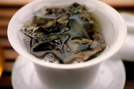 丁家老寨青餅2012年プーアル茶