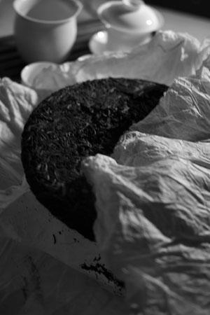 易武春風青餅2011年プーアル茶