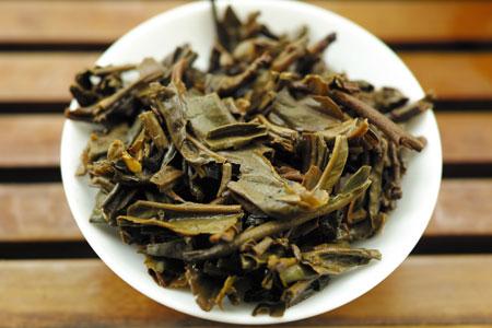 下関甲級鉄餅05年プーアル茶