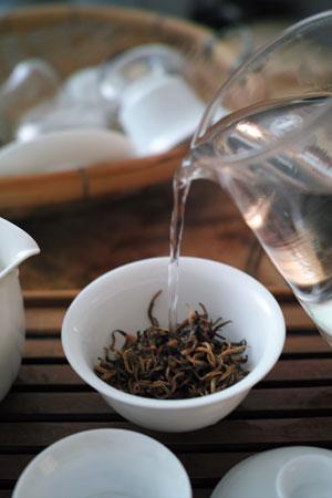 思茅金芽古樹紅茶2012年