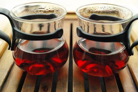 宮廷プーアル熟散茶03年と05年プーアル茶