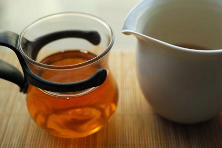漫撒茶山黄金葉熟餅05年プーアル茶