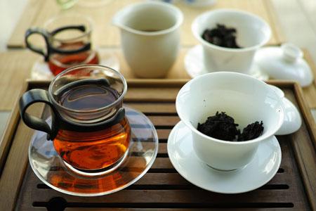 2001年の熟茶プーアル茶