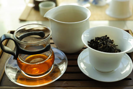 下関黄印鉄餅99年プーアル茶