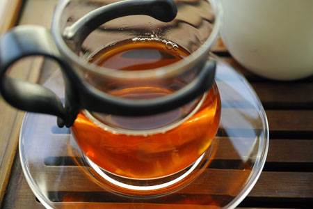 下関美術字鉄餅95年プーアル茶