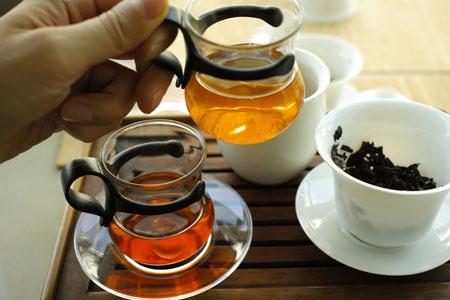可以興青磚茶1990年代プーアル茶と中茶牌65周年青磚03年プーアル茶