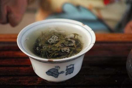 倚邦古樹春の散茶2014年プーアル茶