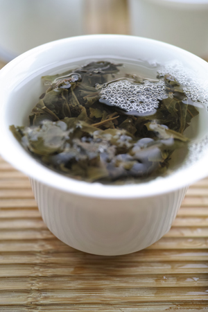 南糯古樹青餅2010年プーアル茶