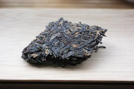 92紅帯青餅プーアル茶