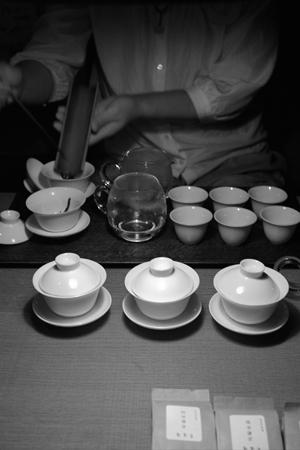 岩茶の試飲