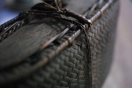 ラオスの竹編みの入れ物