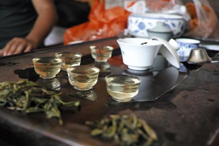 易武荒野大餅2013年プーアル茶