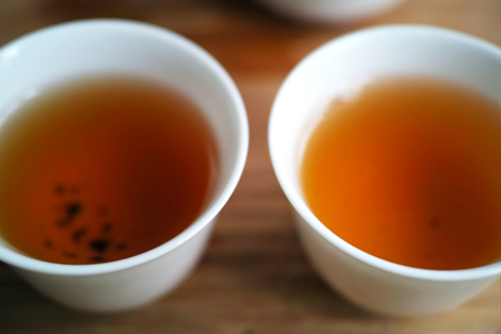 寿眉老茶2003年と政和寿眉老茶1990年代