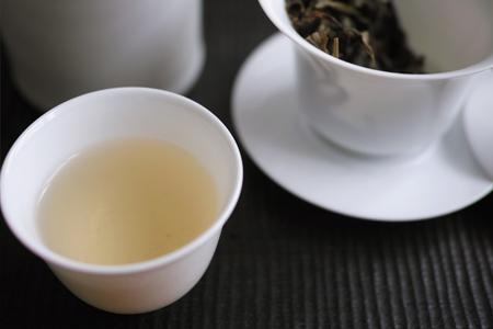 紅河野生古樹晒青茶2014年プーアル茶