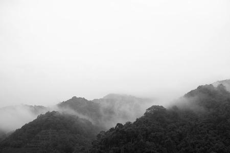 秋の易武山