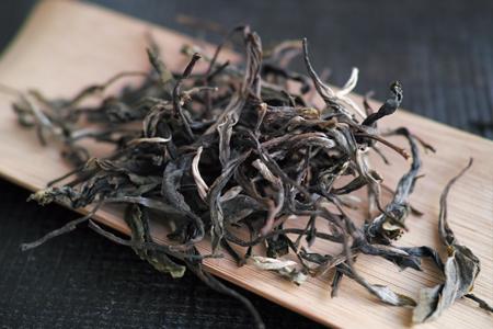 章朗古樹秋天散茶2014年プーアル茶