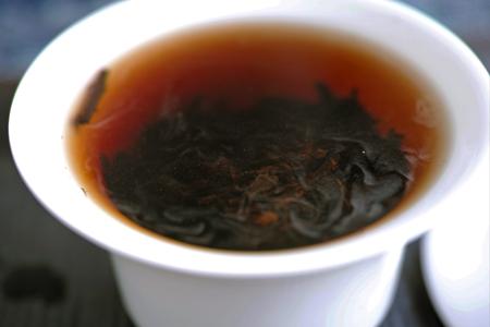 巴達山賀松熟茶07年プーアル茶
