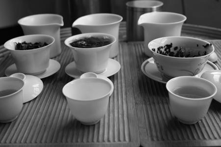プーアール茶晒青毛茶飲み比べ