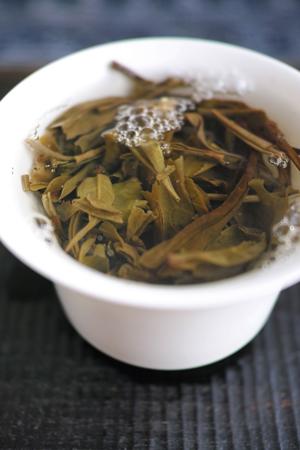 老瑶古樹青餅2013年プーアル茶