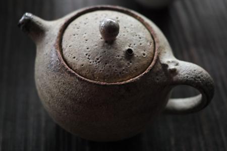 チェコの陶芸作家さんの茶壺