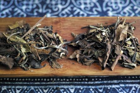 寿眉老茶2003年と政和寿眉老茶90年代