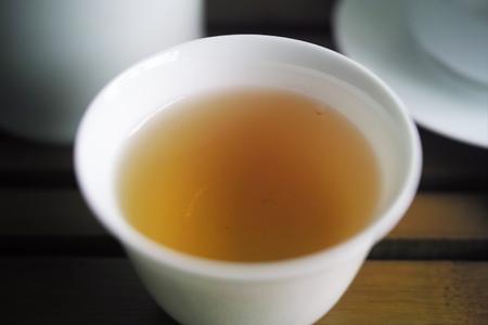 祈享易武青餅2014年