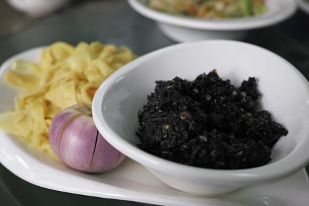 ダイ族料理