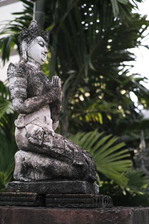 お寺の仏様