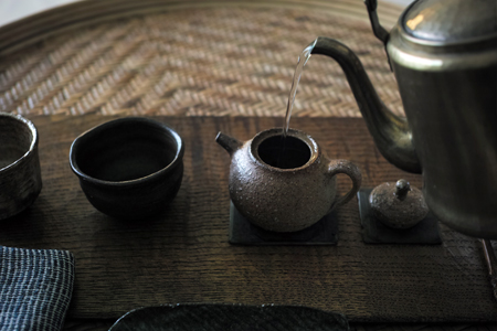 易武山刮風寨陳香餅05年