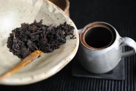 茶則代わりのマルちゃんの器