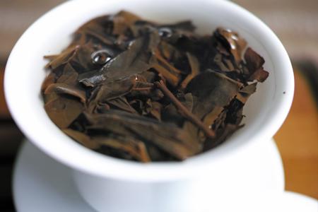 蓋碗と紅茶